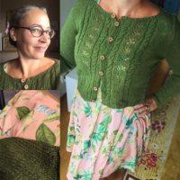 Den perfekta koftan till klänningen